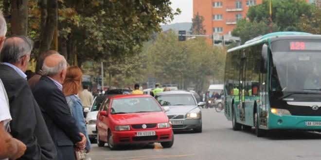 autobusi unazes