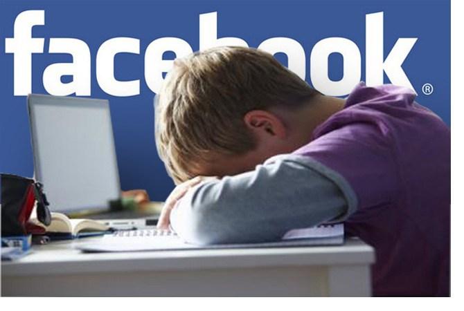Facebook dëmton shëndetin mendor të adoleshentëve