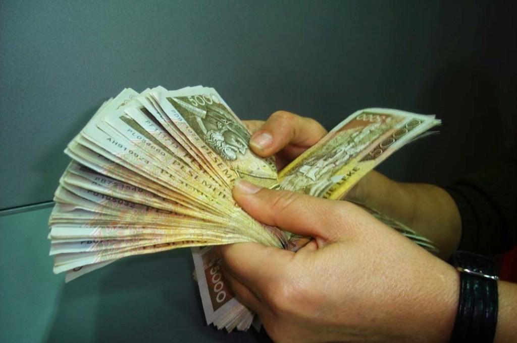 Të ardhurat në buxhetin e Shqipërisë rriten 25%