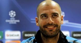 KRM06 LONDRES (REINO UNIDO), 15/2/2011.- El entrenador del FC Barcelona, Pep Guardiola, sonríe durante una rueda de prensa en Londres, Reino Unido, hoy, martes 15 de febrero de 2011. El Barcelona se enfrentará mañana al Arsenal en un partido de octavos de final de la Liga de Campeones. EFE/Kerim Okten REINO UNIDO - FÚTBOL - LIGA DE CAMPEONES