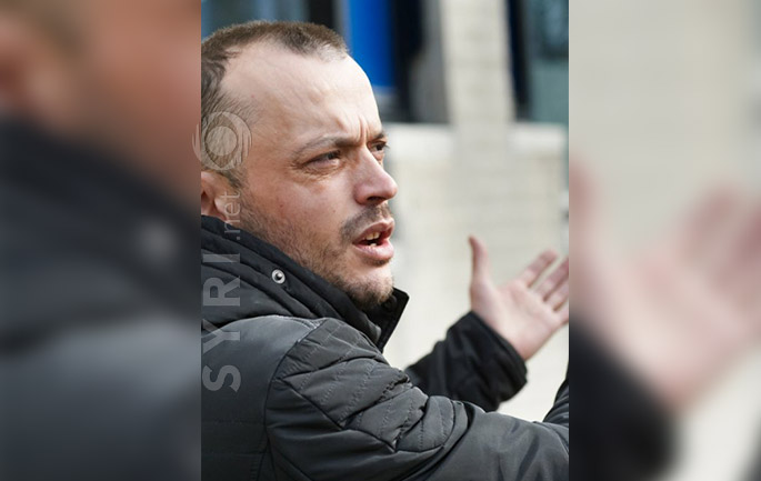 Azilkërkuesi shqiptar kërcënon holandezët : Nëse më ulni fondin…
