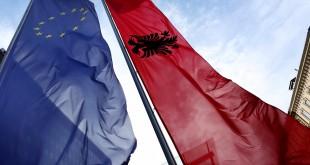 flamuj-be-shqiperi
