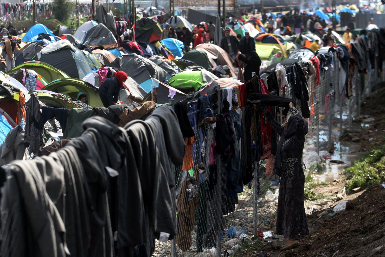 Idomeni, kampi që u shndërrua në qytezë refugjatësh