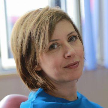 Desada Metaj akuzon Majlinda Bregun se ka fotografuar kolegët e saj me Ramën