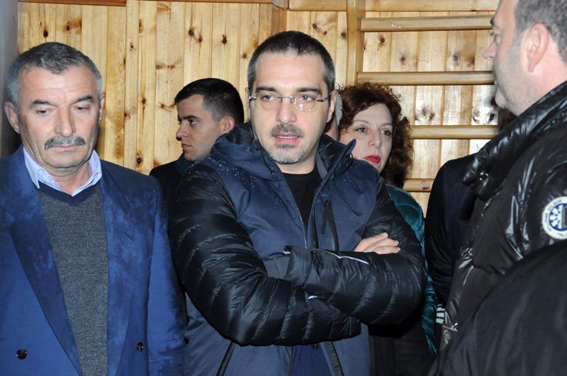 Tahiri: Opozita përpiqet të prodhojë politikë me kapriçot e natyrës