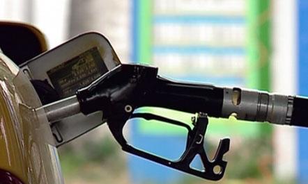 Rriten çmimet e naftës në bursa, operatorët në Shqipëri: Do e reflektojmë pas festave