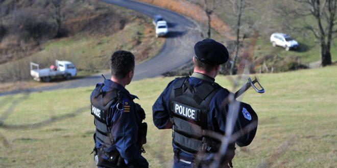 Plas konflikti i armatosur  Kosovë Serbi shkëmbejnë zjarr në kufi