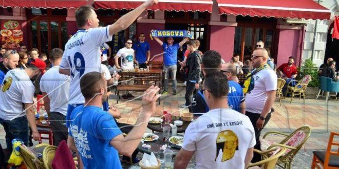 Shpërthejnë  tifozët e Kosovës  O Serbi  ta q   at nanë