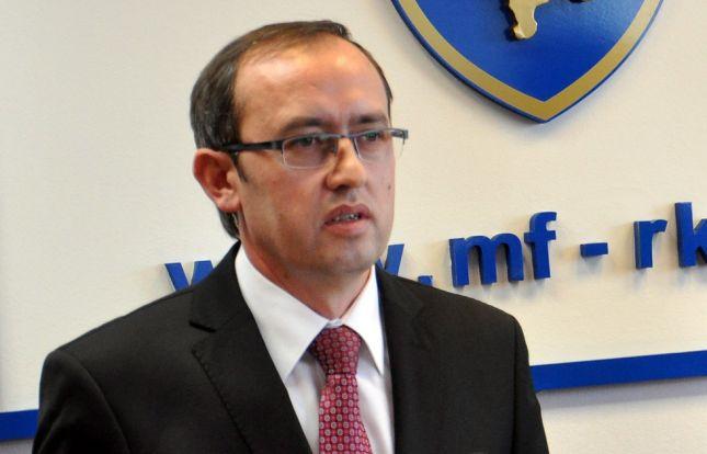 Hoti: Vendimi i Shqipërisë për patatet po dëmton prodhuesit në Kosovë