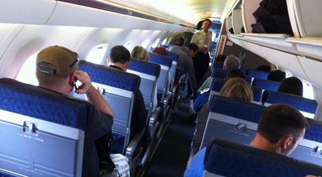 Gjërat e çuditshme që i ndodhin trupit kur jeni në aeroplan