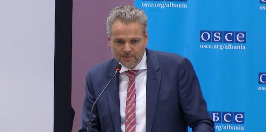 """""""Nuk bëhet Shqipëria me shqiptarë"""", ambasadori austriak: Konica e kishte gabim"""