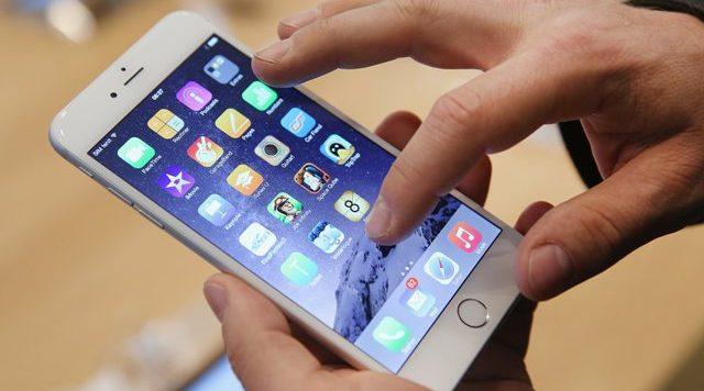 Këta telefona tani mund t'i lani në ujë