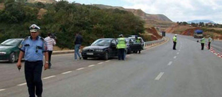 Aksident fatal në Durrës-Kavajë, vdes vjehrri dhe nusja. Plagoset rëndë fëmija 8-vjeçar