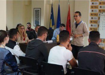 """+850 maturantë nga e gjithë Shqipëria të regjistruar në të dy konkurset e Kolegjit Universitar """"TBU"""""""