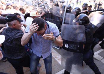 Rrihet nga Policia kryeredaktori i Rilindjes Demokratike, Bledi Kasmi /Foto