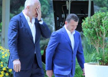 """Mufkat """"Edi Rama-Taulant Balla"""" për kokainën e Durrësit"""