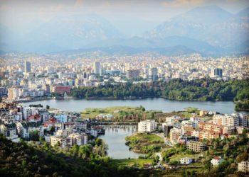 Ndërkombëtarët zbarkojnë në Tiranë!