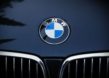 Problemet teknike, BMW tërheq nga tregu 312 mijë makina