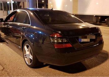 """Greqia kap 6 kg heroinë në """"Mercedesin"""" me targa shqiptare"""