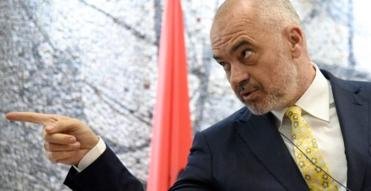 Qytetari i kërkon llogari, Edi Rama : Të q..fsha robt! /Video