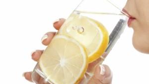 a-mund-ta-p-euml-rshpejtoj-euml-dob-euml-simin-uji-i-ngroht-euml-me-limon_hd
