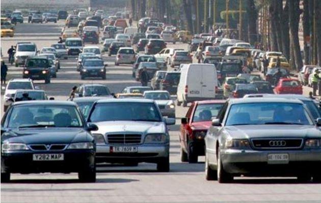 Ndryshimi i pronësisë së automjeteve, hyjnë në fuqi rregullat e reja