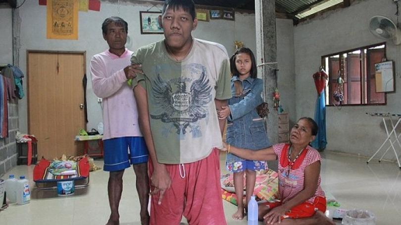 Vdes njeriu më i gjatë në botë