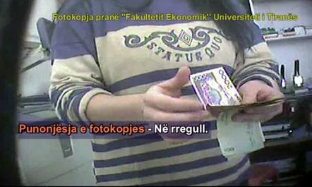 Ja si shiten temat e diplomës në Shqipëri