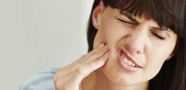 Dhimbja e dhëmbit, lehtësimi në kushtet e shtëpisë
