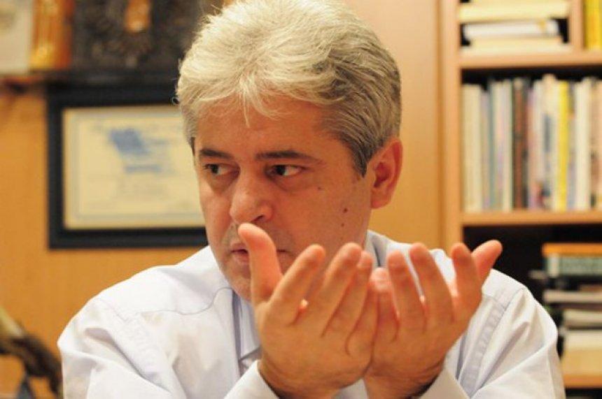 Ahmeti: Shtyrja e zgjedhjeve shkakton tensione dhe përçarje