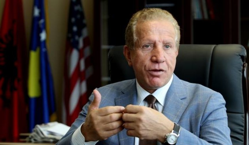 Pacolli: Kryeministri Mustafa ka vetëm tre rrugë