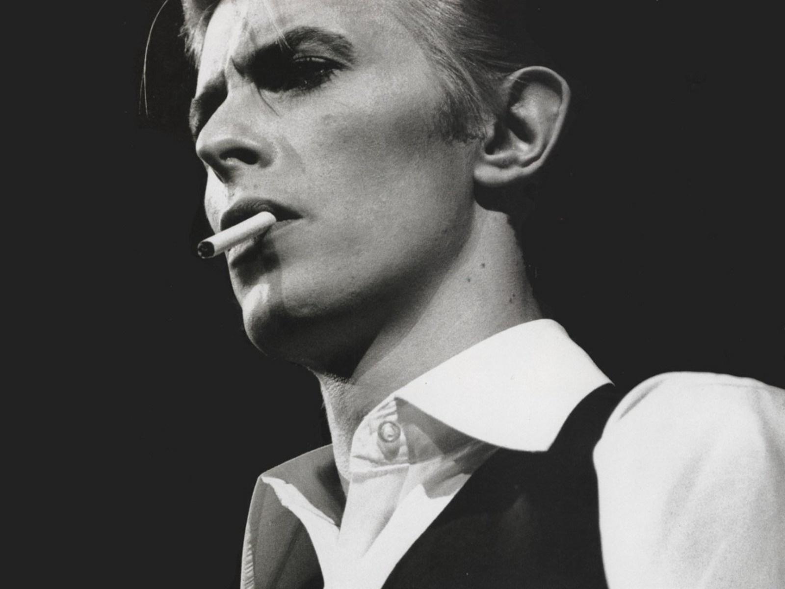 Ndahet nga jeta legjenda e muzikës David Bowie