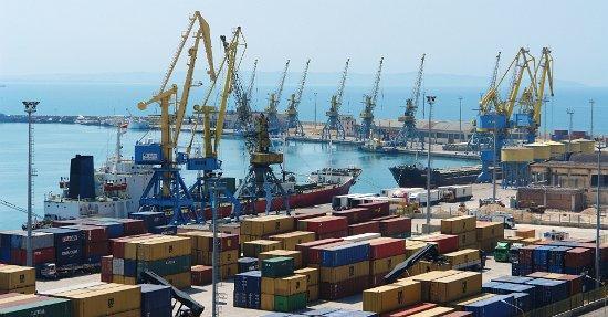 Eksportet e mbyllën 2015-ën me rënie, ecuria më e dobët