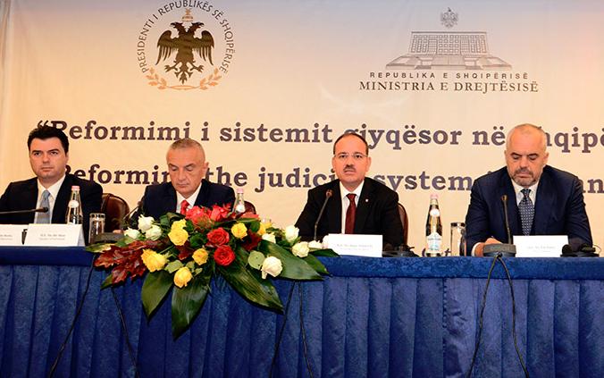 Krerët e shtetit dhe Basha, në një tryezë për reformën elektorale