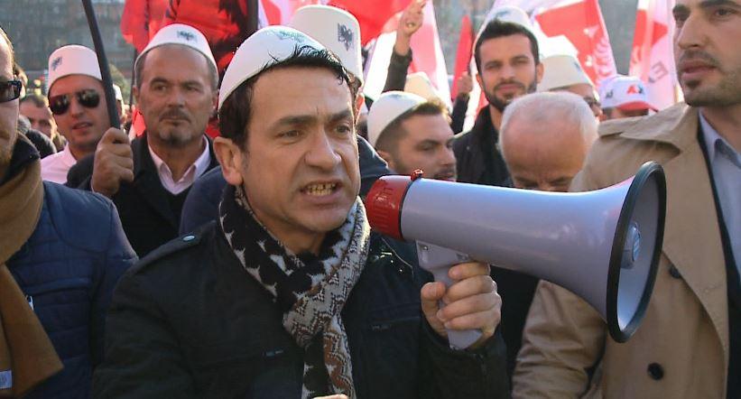 Spahiu flet për arrestimin e Veliajt, por vetëm News24 i shkon në protestë