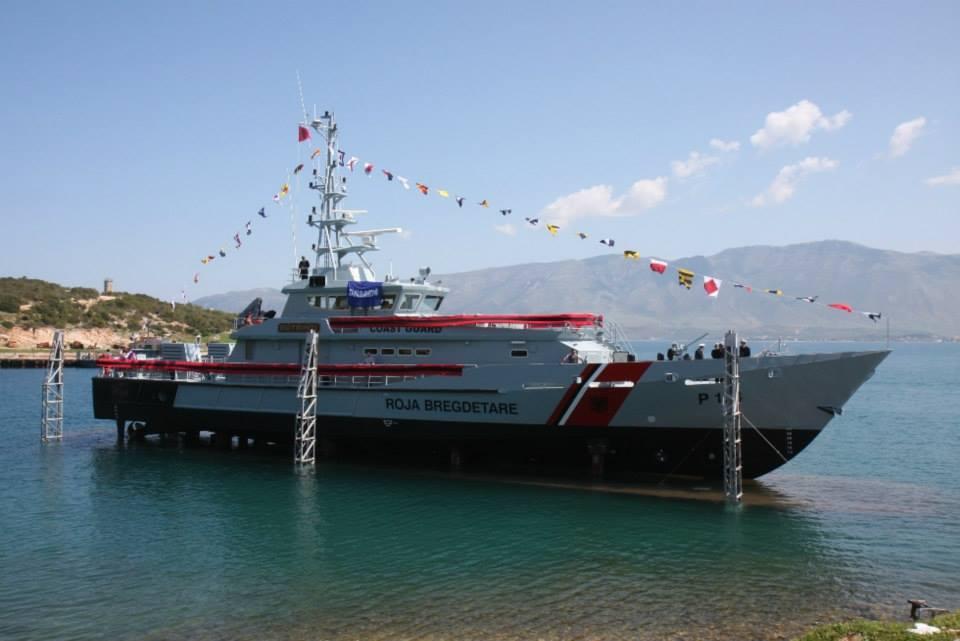 Antikontrabanda detare zbulon naftë dhe vaj të paligjshëm