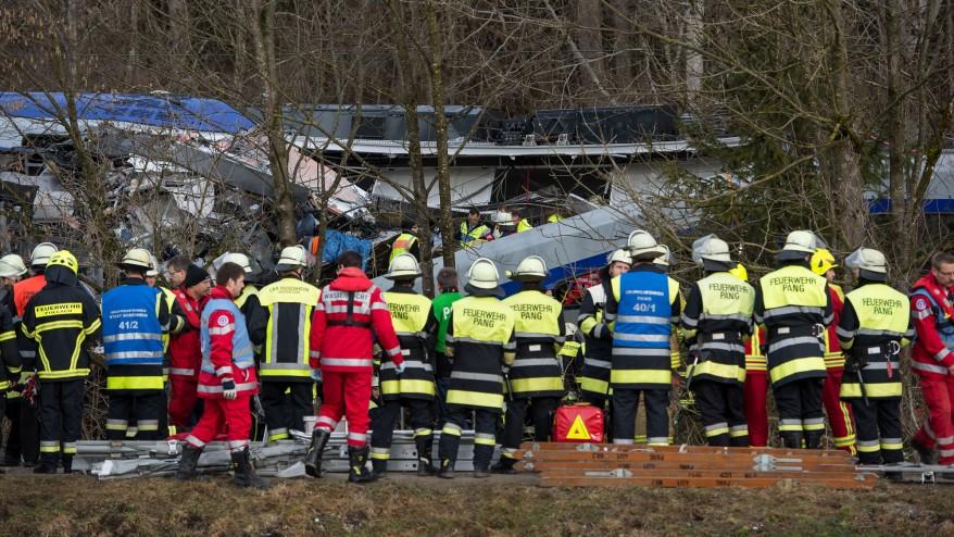 Përplasen trenat në Gjermani, disa të vdekur e të plagosur