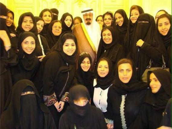 E pabesueshme: Nëntë mbretër saudit kanë 316 fëmijë (FOTO)