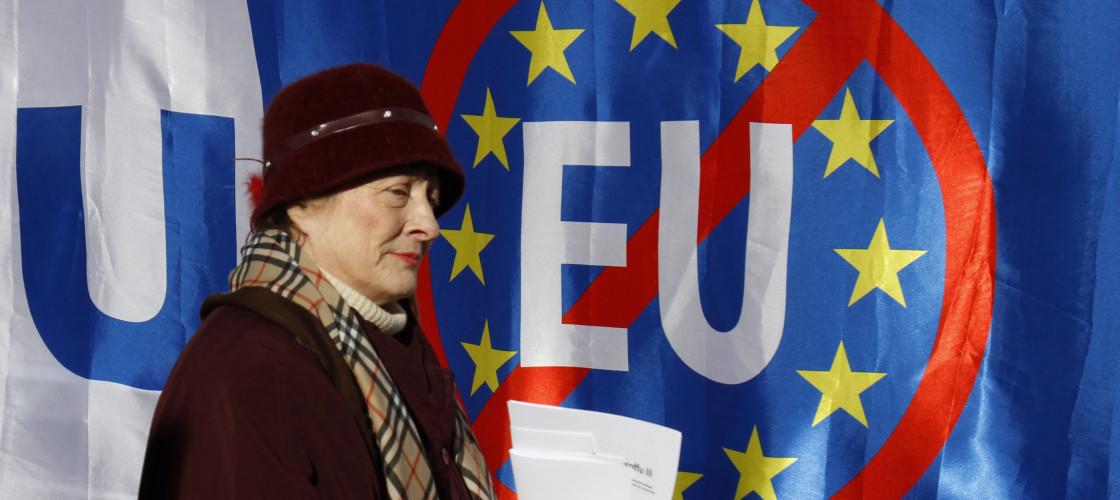 Francezët, belgët, holandezët dhe italianët më euroskeptikët