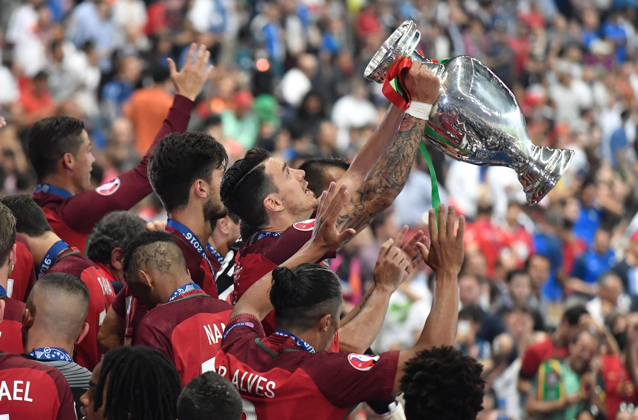 Portugalia, kampione e Europës. Eder ndëshkon Francën