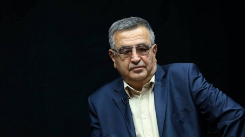 Fatos Klosi: Llalla e ka sajuar kërcënimin për t'u bërë hero