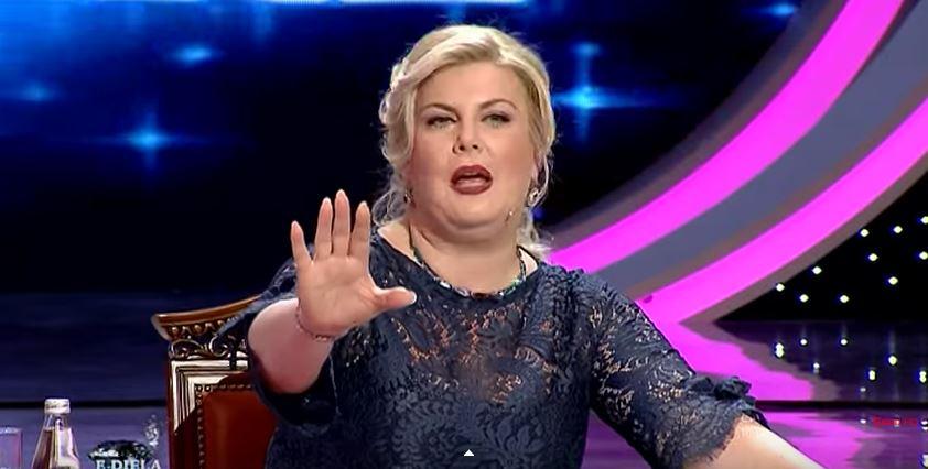 Gazetari: Eni Çobani më kërcënoi se do më zhdukte me gjithë familje