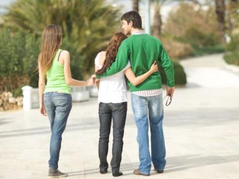 5 meshkuj rrëfejnë arsyen e vërtetë të tradhtisë