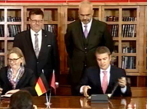 """""""Të dytët pas Gjermanisë?!"""" Batutat e Ramës me investitorët gjermanë… interkonjeksioni dhe Shkodran Mustafi"""