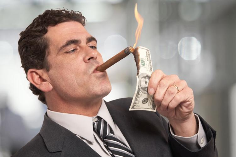 Njihuni me 19 njerëzit më të pasur në Shqipëri (Emrat)