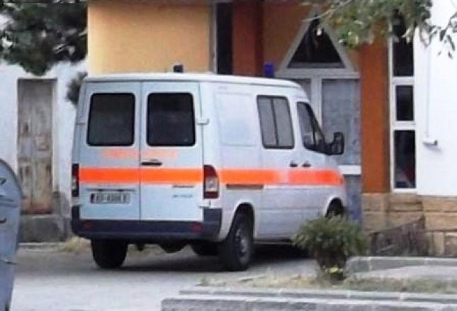 Historia trishtuese e vajzës që tentoi vetëvrasjen sot në Tiranë