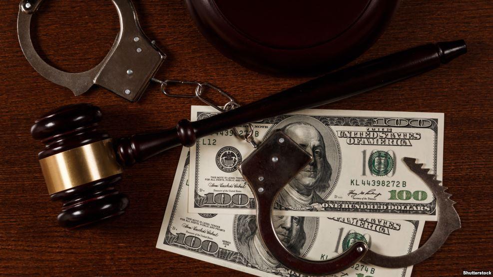 """Ngërçi i ligjit """"Antimafia"""" ndihmon gjyqtarët e korruptuar të fshehin pasurinë"""