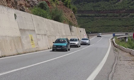 """""""Rruga e Kombit"""", tarifat e koncesionit sipas mjeteve: nga 2.5 euro në 22.5 euro"""