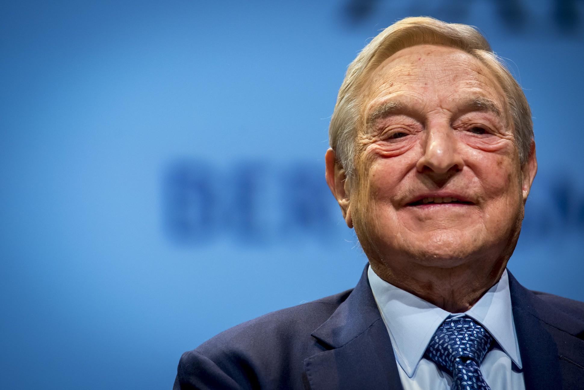 Zbulohen e-mailet sekrete të George Soros
