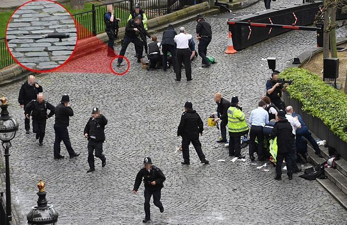 Tjetër kërcënim në Londër, gjendet pako e dyshimtë afër Parlamentit